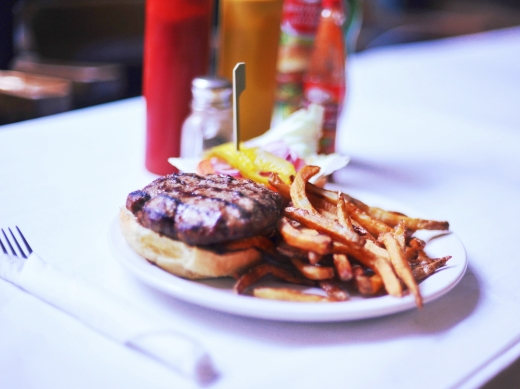 → The Traditional Rhino Burger – 8 oz. naturally raised ground beef on a kaiser with fries or salad